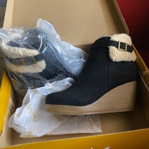 Cheeks Fit Body Wedge Boot black 8.5
